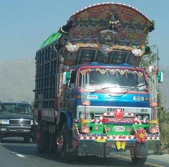 Pakistan Truck, Isuzu Truck, decorated truck, designed truck, Afghan truck